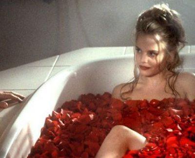 Kinky Valentinsratgeber – Einfache Tricks, um etwas mehr Pepp ins Schlafzimmer zu bringen!
