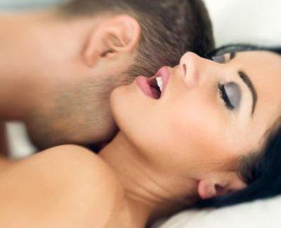 Wie man als Mann den Orgasmus herauszögert und so einfach länger durchhält!